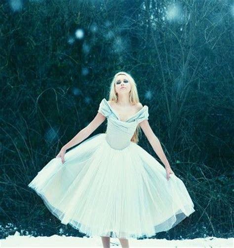 Alice in Wonderland inspired Wedding Dress   Wedding