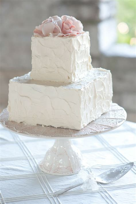 Simple Square Wedding Cake Ideas and Designs