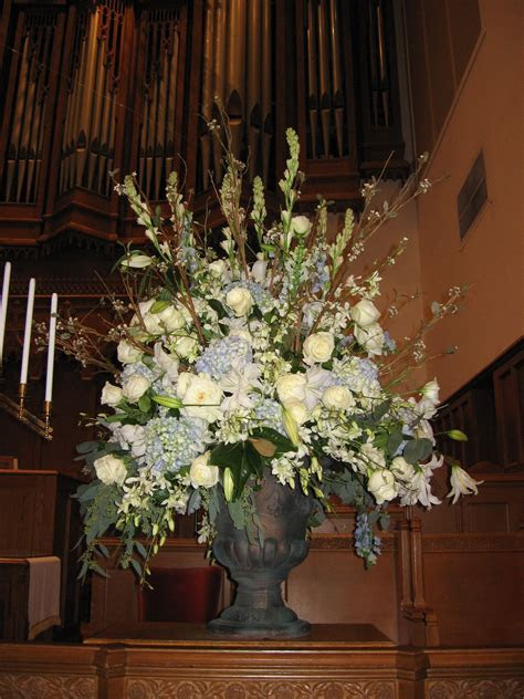 church flowers for the wedding ceremony   Flower