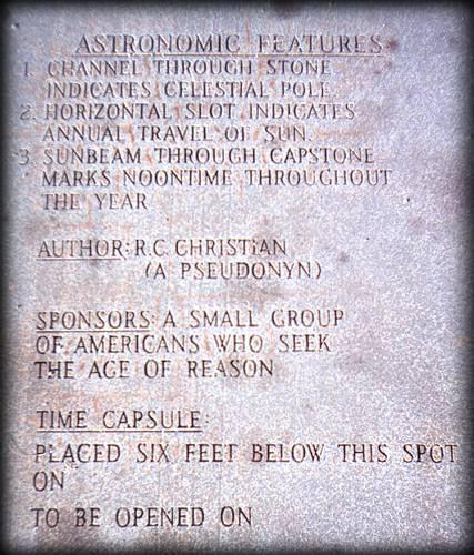 guidestones2 Mistérios em torno das Guias da Geórgia