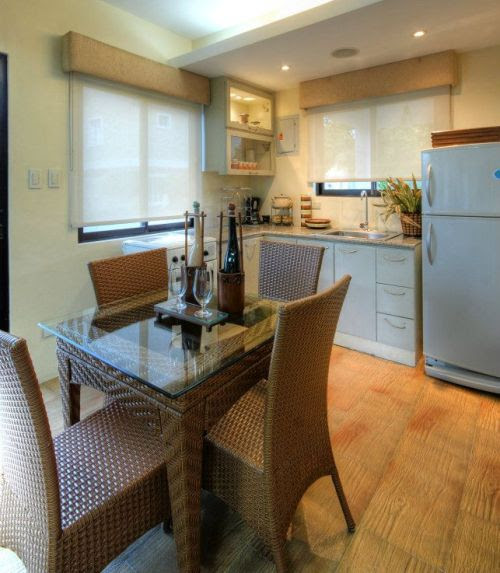 Contoh interior dapur rumah minimalis type 36 2 lantai] (Iloilohouses)