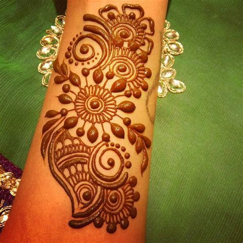 Simple Arabic Henna Mehndi Designs For Wedding