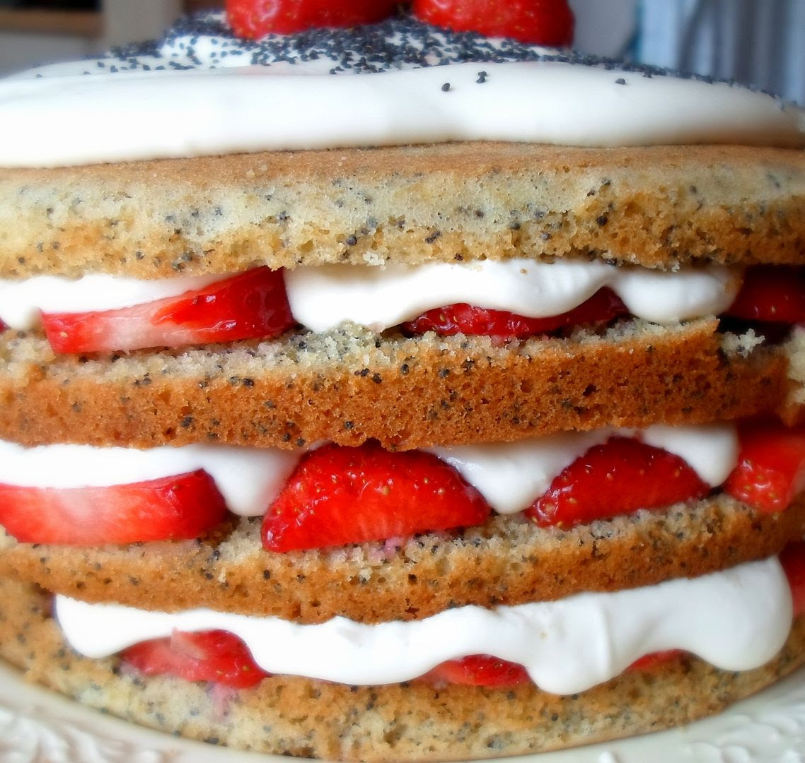 Strawberry & Poppy Seed Cake