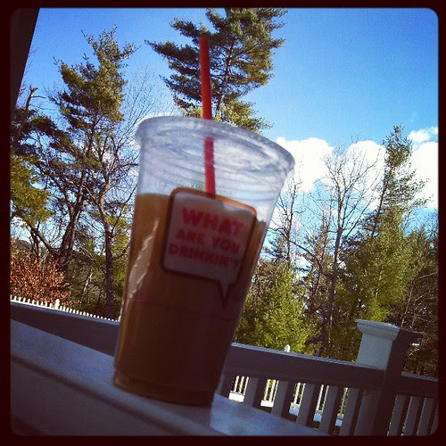 Afternoon #coffee time! It's iced today! #IRunOn @dunkindonuts