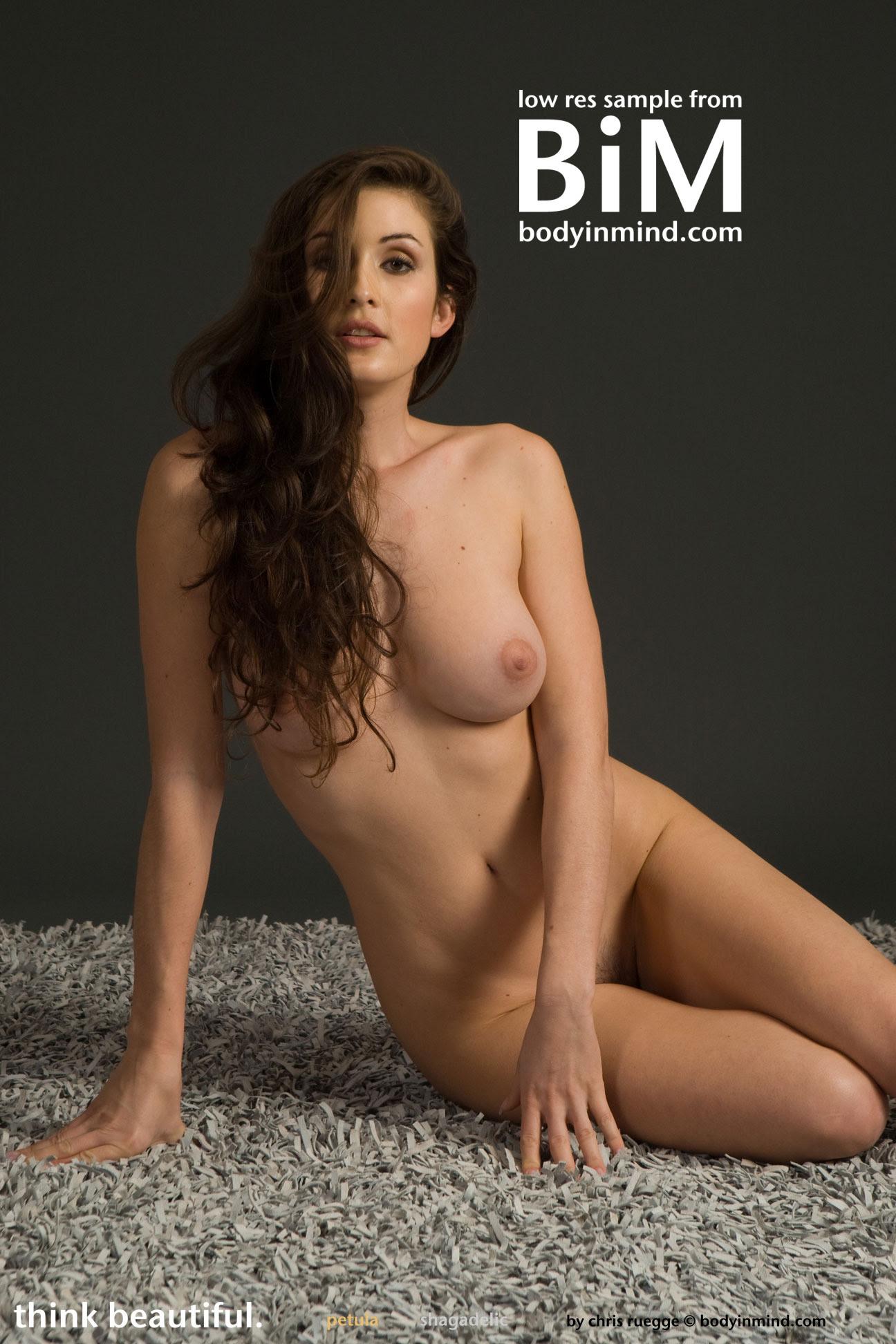 Rawat  nackt Navi Naked Teen