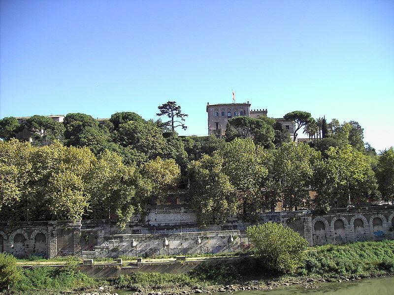 File:Ripa - Aventino - CavalieriDiMalta.JPG