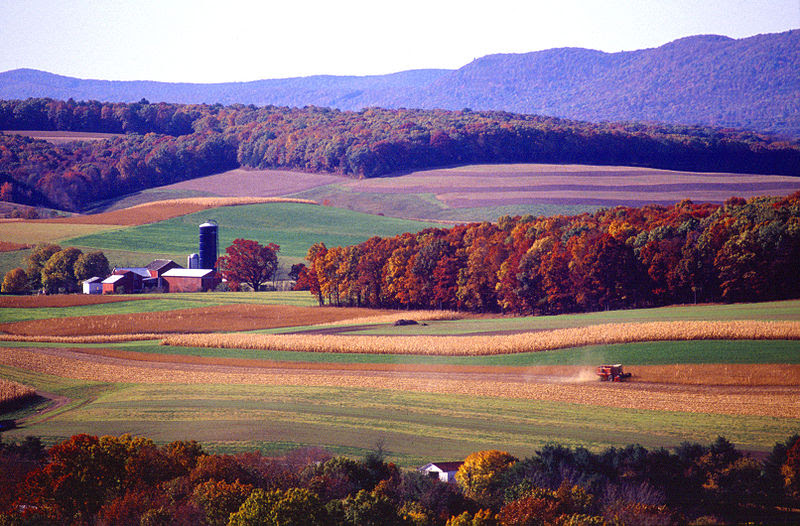 File:Farming near Klingerstown,  Pennsylvania.jpg