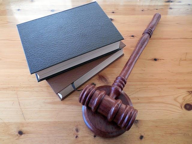 Hukum Online Tempat Belajar Hukum Untuk Orang Awam