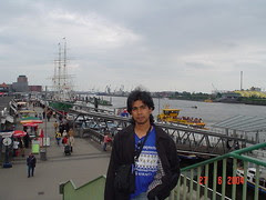 Kat Pelabuhan St Pauli Landungsbrücken, Hamburg, Germany