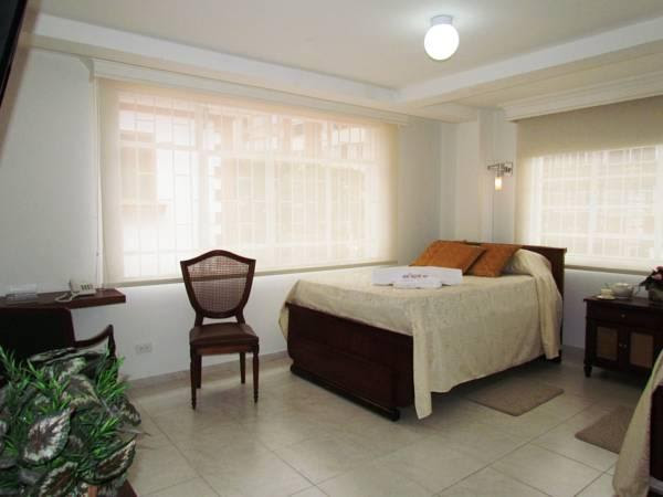 Discount Hotel Antique 65