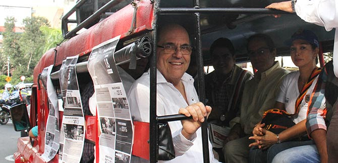 Alcalde llevó en guala buenas noticias a caleños y residentes de la comuna 18