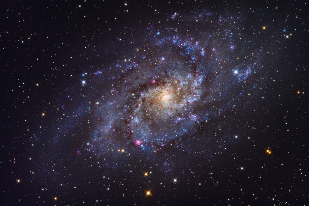 http://annesastronomynews.com/wp-content/uploads/2012/02/The-Triangulum-Galaxy.jpg