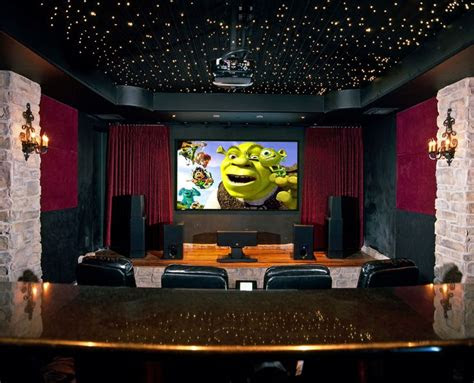 decorating beautiful home theater room  ceiling design