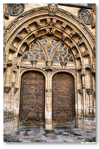 Portal da catedral de Oviedo by VRfoto