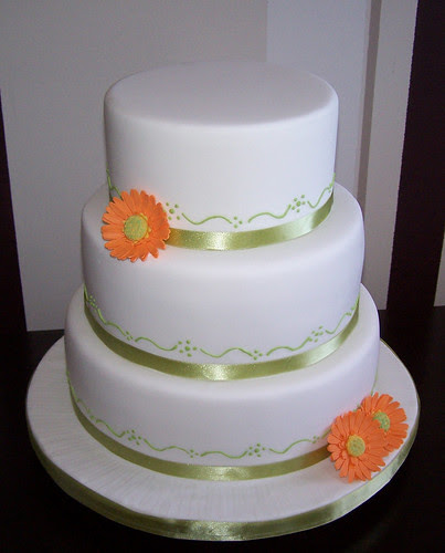 Dustine's Blog: This Is A Three Tier Stacked Wedding Cake