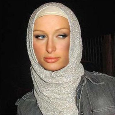 باريس هيلتون تعتنق الاسلام وترتدي الؘ?اب