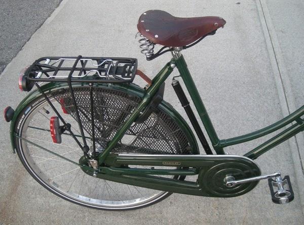 Brain Bike Saddle Orange Red /& Black No Clamp Kids Bicycle Cycle