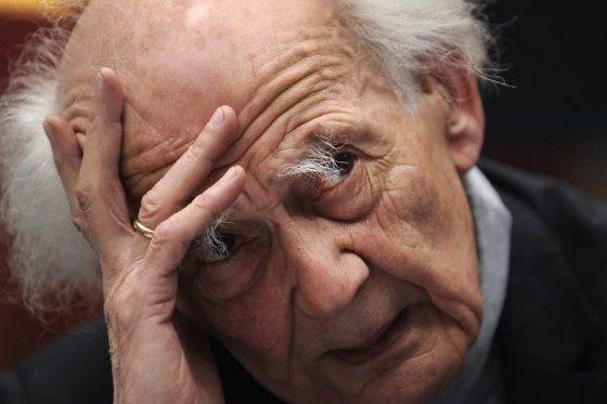 """Zygmunt Bauman """"A educação e a cultura são tratadas como mercadorias"""""""