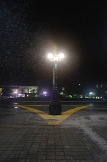 snow lamp post snow machine