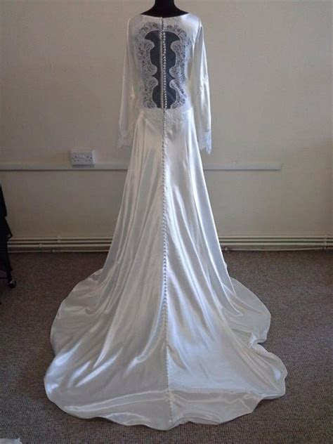 alfred angelo 8400 bella swan gown wedding dress 1409553