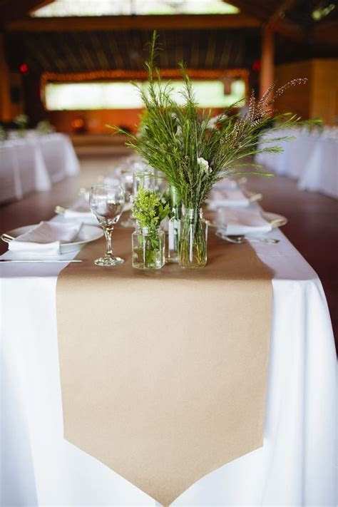 60 Wedding Table Runners That Will Wow Your Guests ? Page