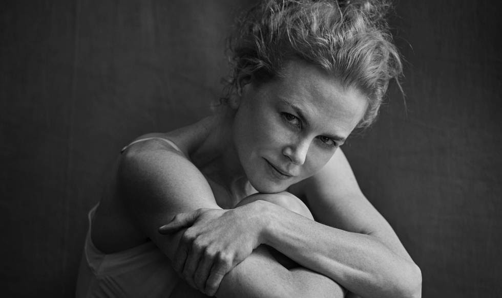 La actriz Nicole Kidman fotografiada por Peter Lindbergh para el Calendario pirelli 2017.