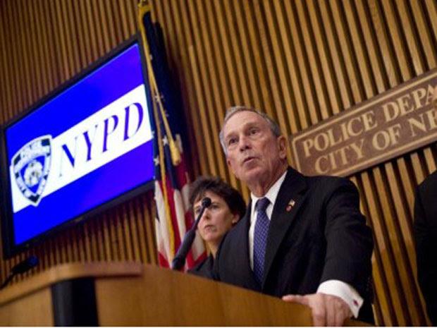 Prefeito de NY Michael Bloomberg anunciou medidas de segurança em meio a ameaça terrorista (Foto: Stephen Chernin / AFP)