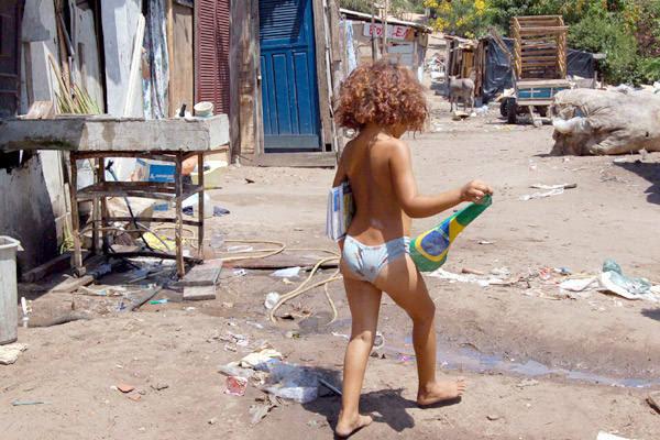 Resultado de imagem para pobreza no nordeste