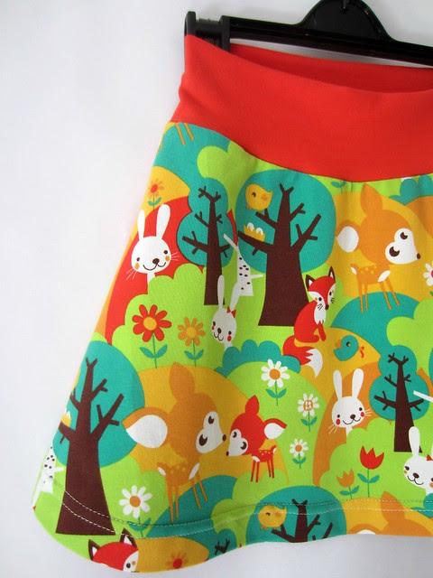 summer forest skirt detail