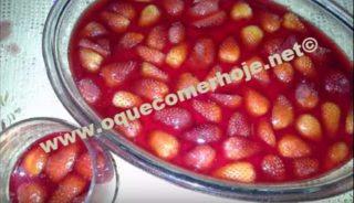 Sobremesa de Morango fácil e rápida (Delícia de Morango na travessa)