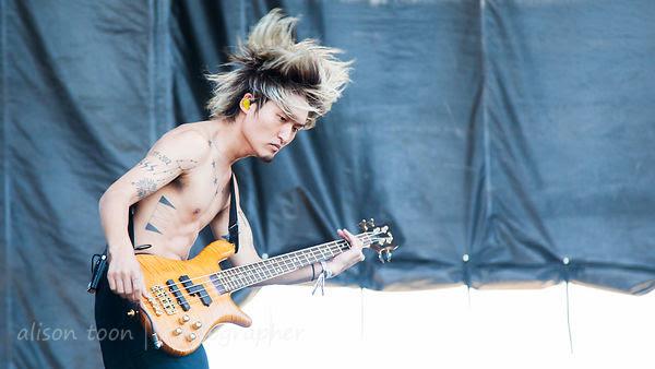 Ryota, bass, One OK Rock