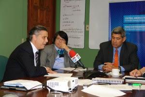 Empresarios centroamericamos claman por la unión regional