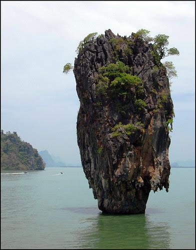 Koh Tapu (Nail island)
