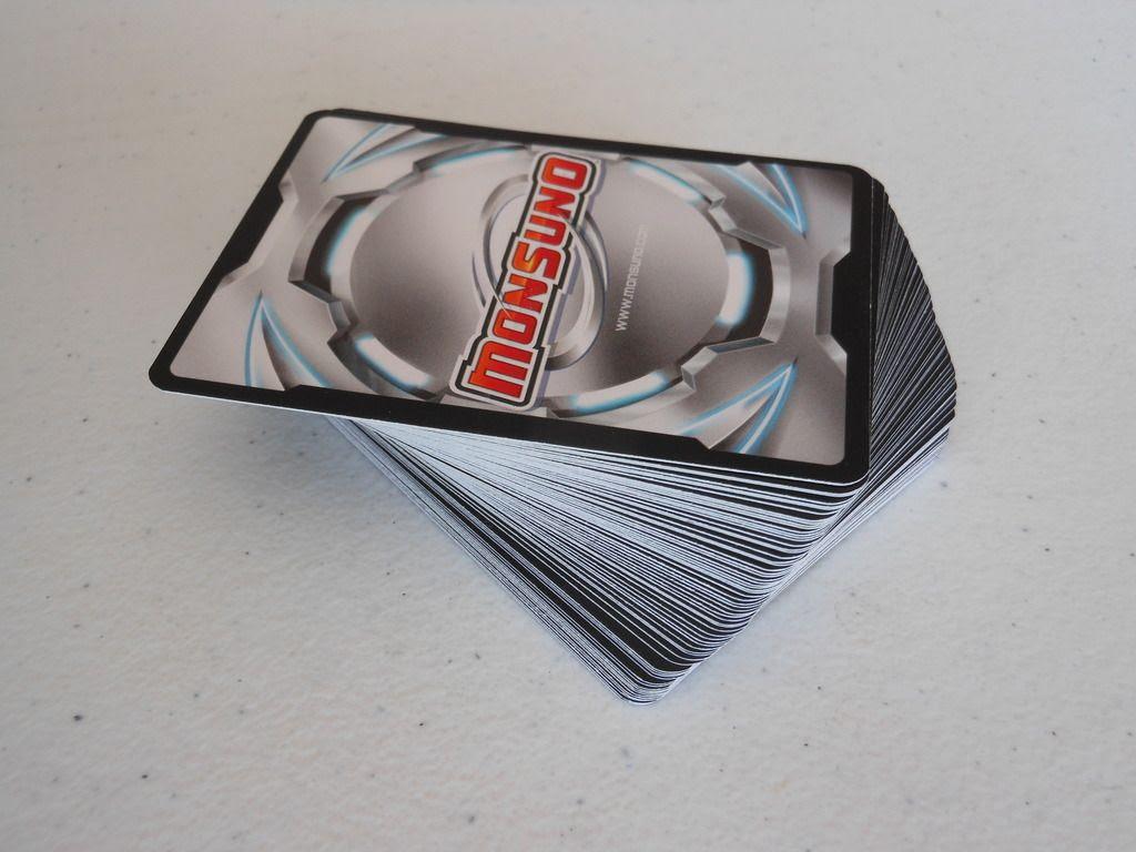 Monsuno Cards