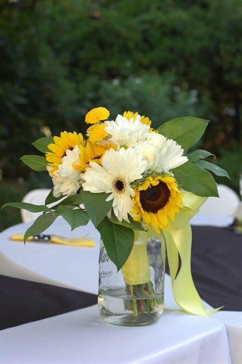 Sugar & Company: Sunflower Yellow, Black & White Wedding