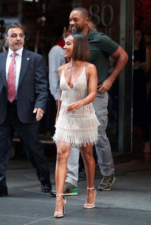 _Jada-Pinkett-Smith ferretti-New-York-City-Alberta-Ferrett-Straw-Fringe-Dress-and-Saint-Laurent-Nude-Jane-Calfskin-Sandals 1 2 3