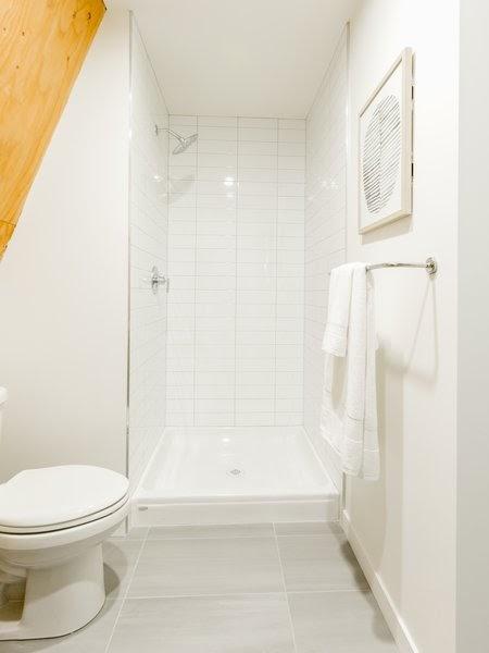 Cool White Bathroom Floor Tile Ideas wallpaper