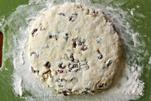Coconut milk scones disc