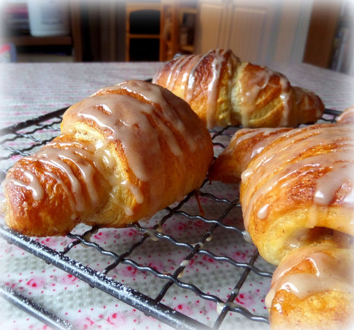 Spiced Apple Croissants