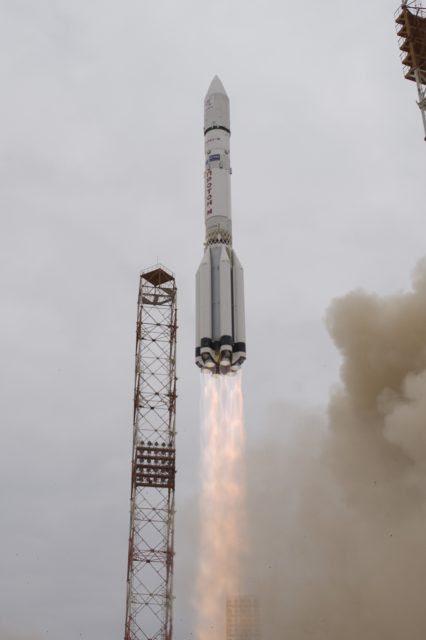 Launch remote D4s S1