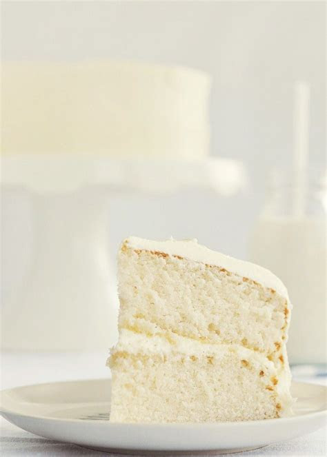 Moist Vanilla Cake on Pinterest   White Chocolate Icing