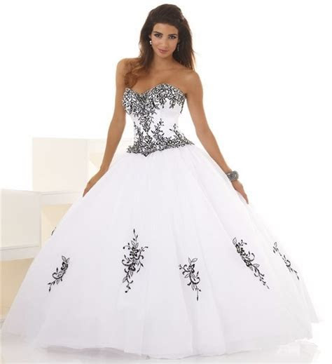 Cheap Ball Gown Wedding Dresses Black And White Embroidery
