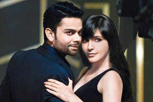 Anushka Sharma chooses film over ad with boyfriend Virat Kohli