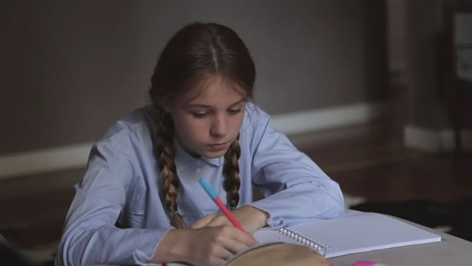 Filmek-HD Pleurer des larmes d'enfance 2015 Teljes Film Magyarul Online Videa HD Online