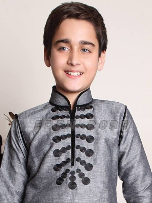 Boys-Kids-Trendy-Eid-ul-Fitr-Kurta-Kamiz-Collection-2013-by-Eden-Robe-