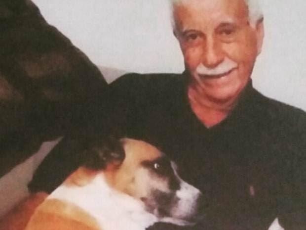 Cesário com a cadelinha Fila: inseparáveis (Foto: Arquivo Pessoal)