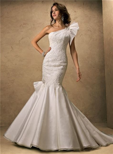 Fit And Flare Mermaid One Shoulder Organza Lace Wedding