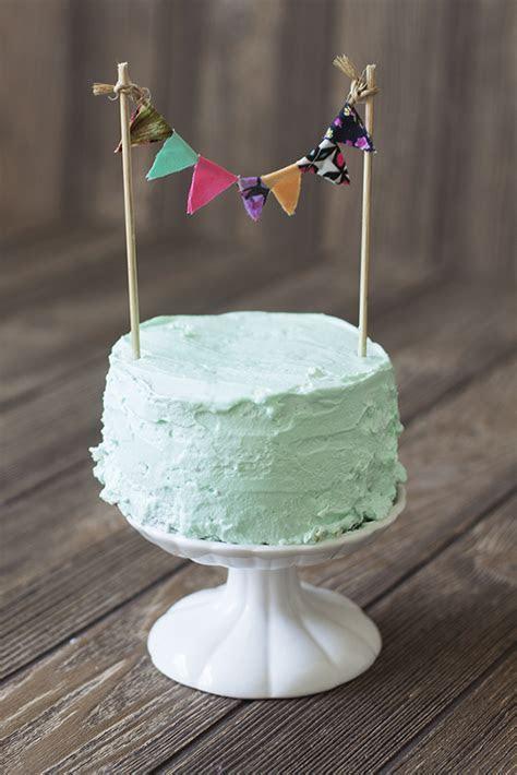 Doable DIY: Wedding Cake ToppersTruly Engaging Wedding Blog