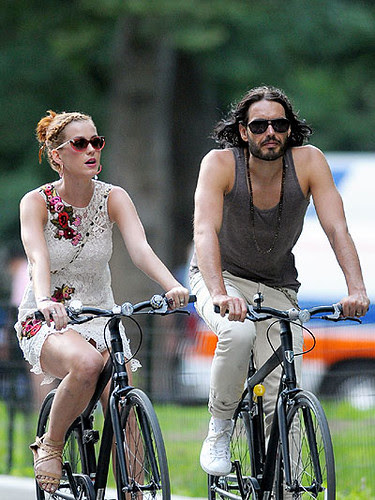 8 katy perry rides a bike