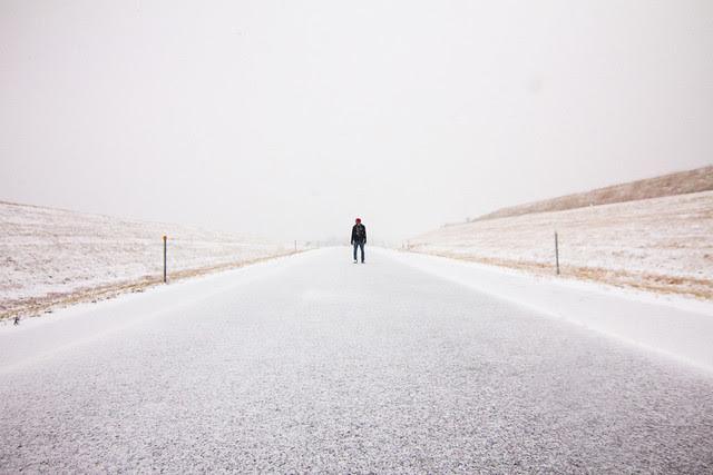 Snow road horizon